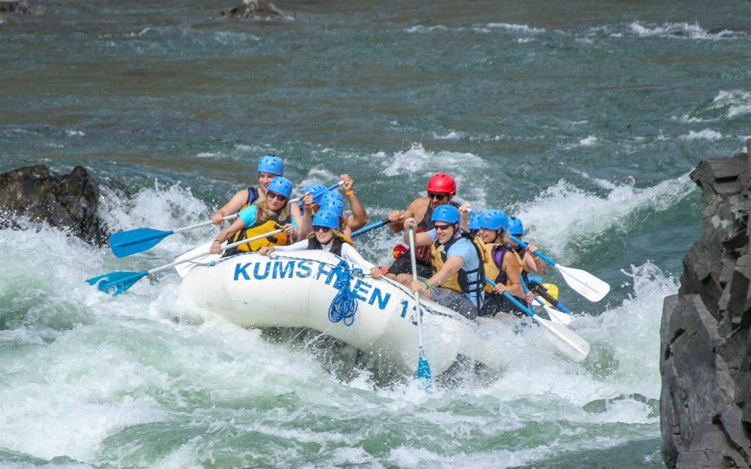 Kumsheen Rafting Resort