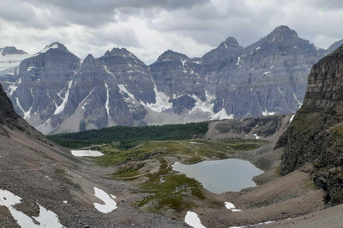 Eifel Lake hike in Banff