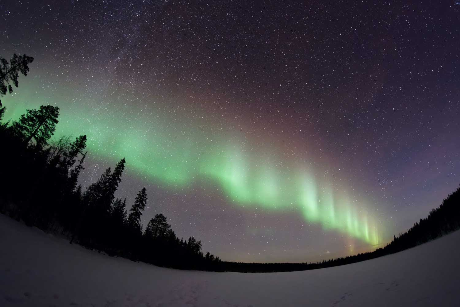 Northern lights viewing in the Yukon